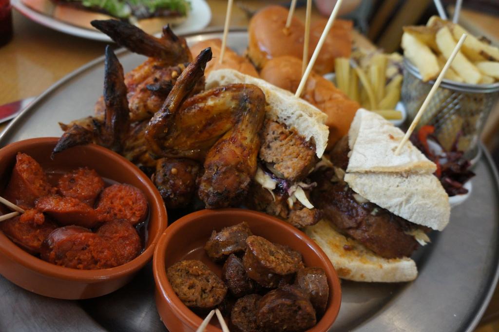 The Bull Pitt meat platter, Wrotham